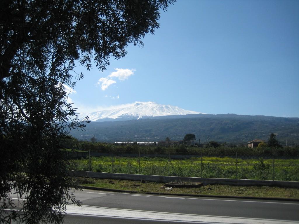 De Etna met sneeuw.